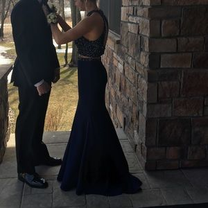 Prom dress for sale !! Size 6